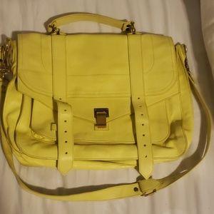 Classic Proensa messenger bag